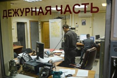 Московские полицейские задержаны за вымогательство 10 тысяч рублей