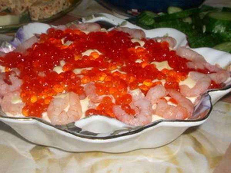Салаты с креветками и авокадо и икрой рецепты с